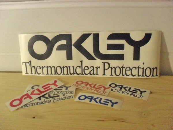Oakley autocollants